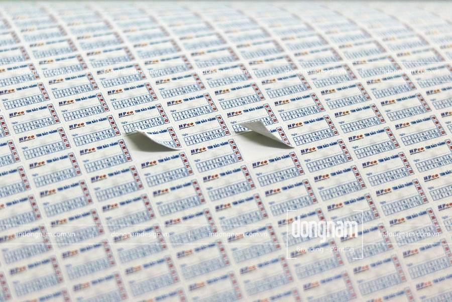 in tem bảo hành decal vỡ hình chữ nhật